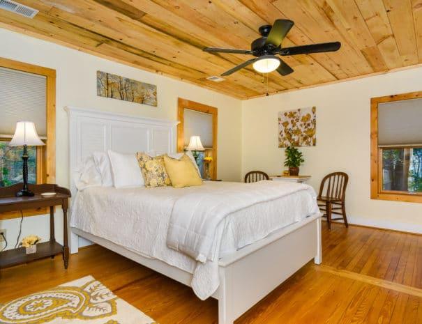 279 Lynn Cove Rd Asheville NC-print-016-9-Bedroom-4200x2800-300dpi