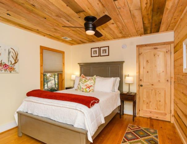 279 Lynn Cove Rd Asheville NC-print-021-5-Bedroom-4200x2800-300dpi